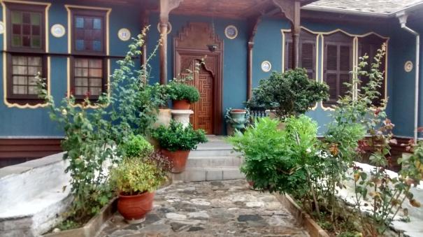 Une architecture extraordinaire, dont les Grecs d'aujourd'hui s'inspirent trop peu. - un clic pour agrandir