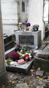 La tombe de Jim Morrison au Père-Lachaise - un clic pour agrandir